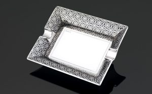 Opulent ashtray - Platinum