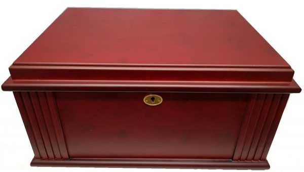 Walnut Antique Style Art Deco Humidor 75ct.